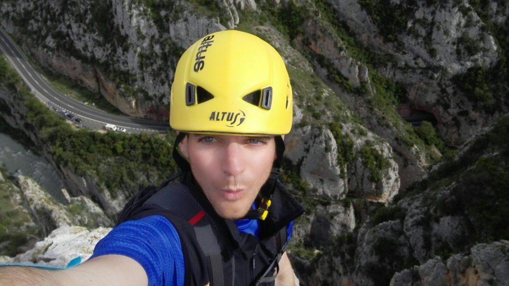 Escalada en la Cresta de la Cruz de Olvena (5.º)