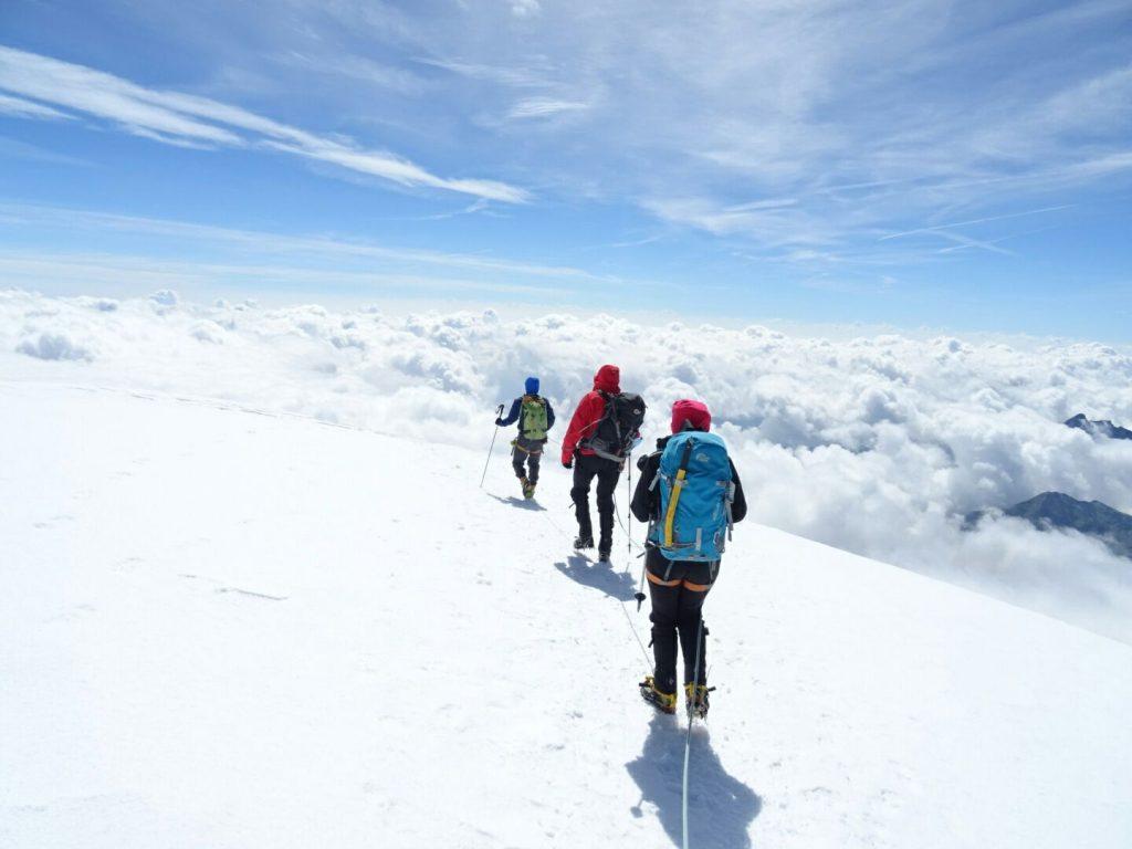 PIRÁMIDE VINCENT (4.215 m.) y BALMENHORN (4.167 m.)