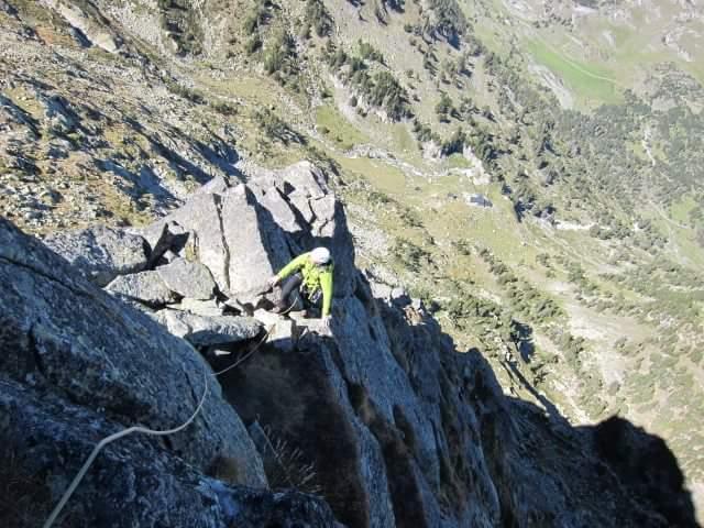 ESPOLÓN PICAPIEDRA AL PICO RENCLUSA (400m. V)