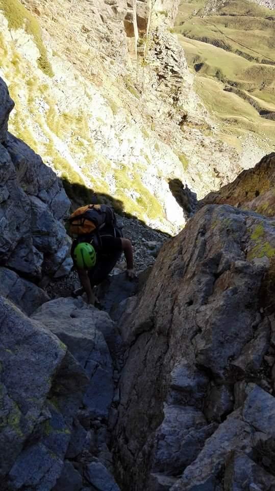 Normal al Midi d'Ossau, 2.884 m.