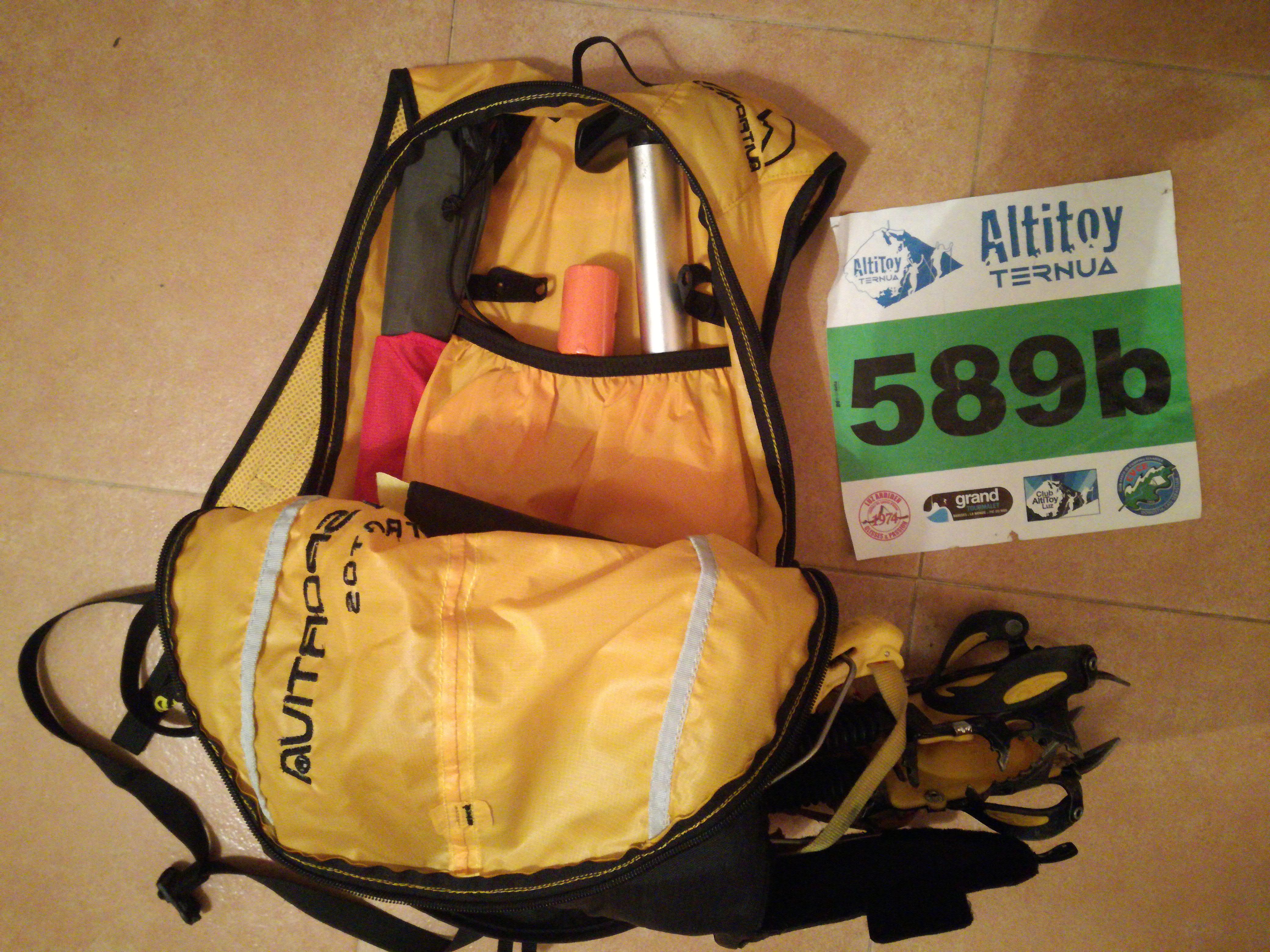 Probamos en carrera la mochila de Skimo La Sportiva Stratos.