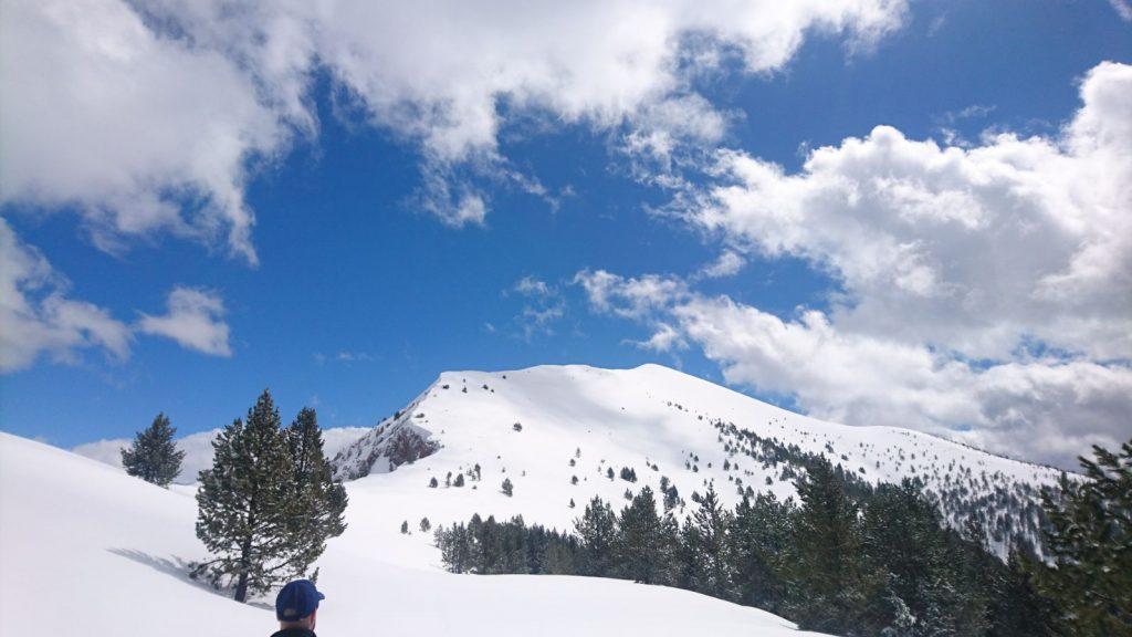 Cabo Pientes (2400mts.) con esquís. Valle de chistau