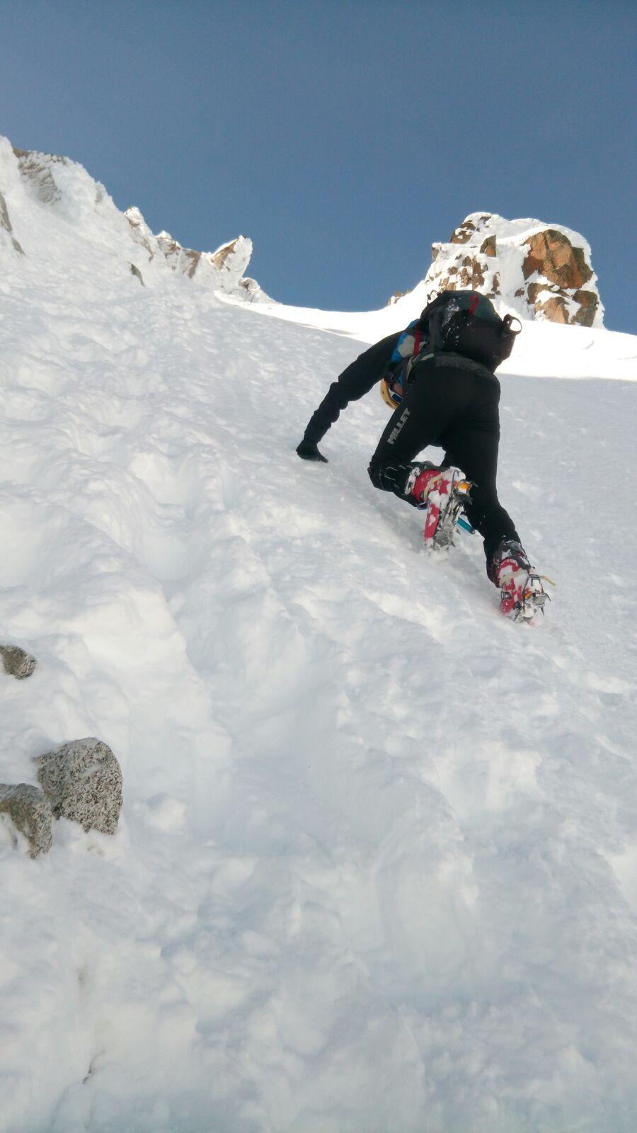 Ascensión a La Maladeta (3312mts.) con esquís.