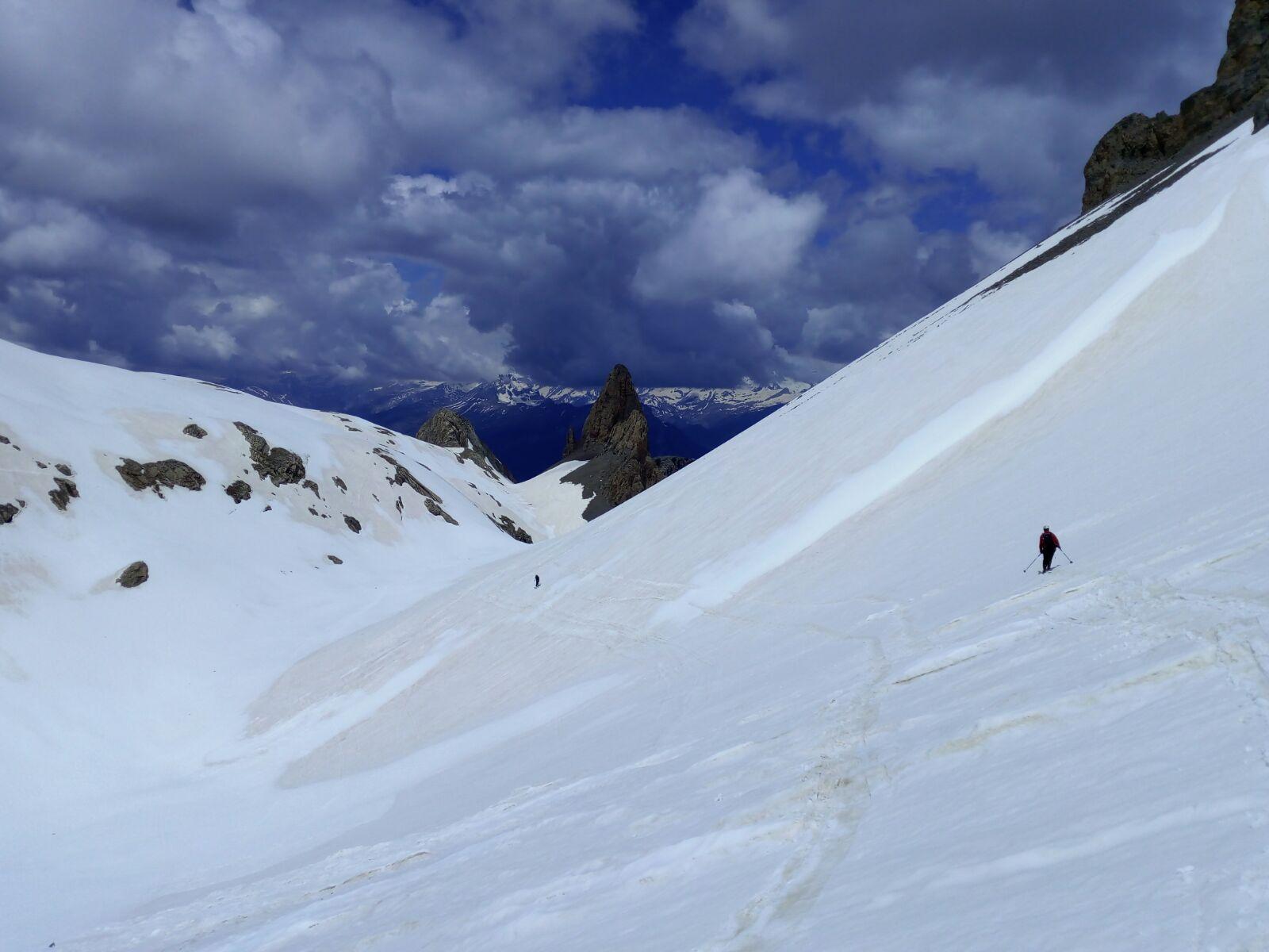 Cotiella (2.912mts) por Lavasar. Con esquís.